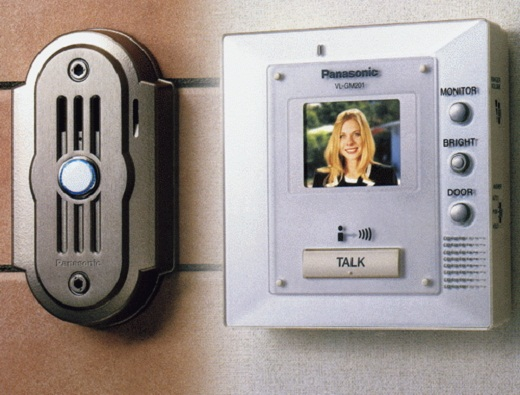 На снимке представлен пример видеодомофона