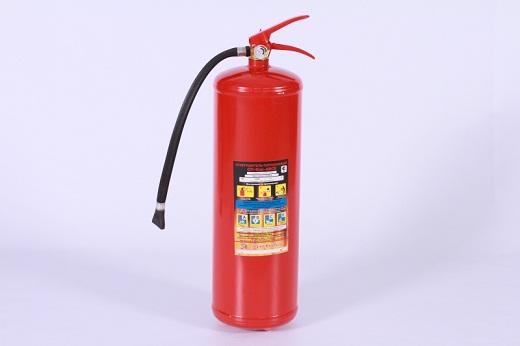 На фото представлен огнетушитель ОПУ-5