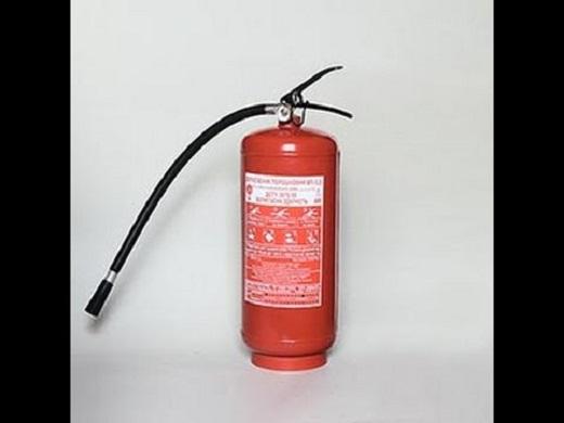 На снимке представлен огнетушитель ОП-5