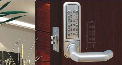 Электронные замки на двери уже давно пользуются популярностью