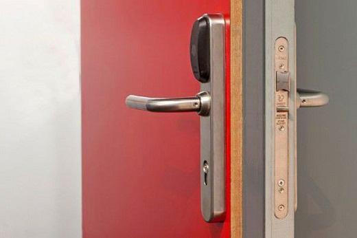Дверь противопожарная металлическая однопольная ДПМ 01/60 на фото